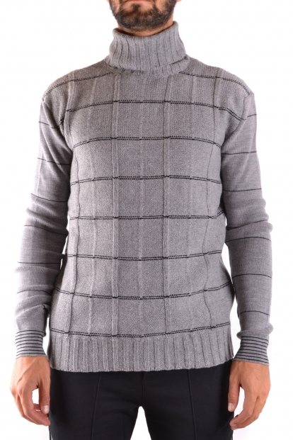 MCQ - Sweater